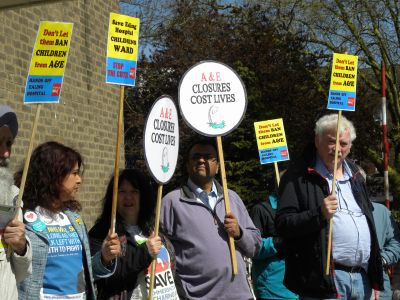Protest outside Greenford Hall